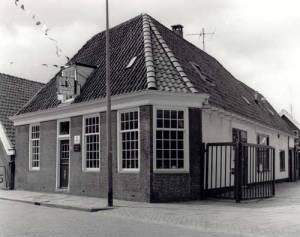 Dorpstraat 48